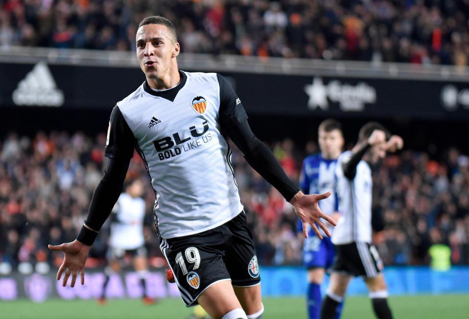 O Valência tem brigado junto aos primeiro colocados do Campeonato Espanhol  2017 2018 e ocupa a 3ª posição da tabela f08790f9ec80b